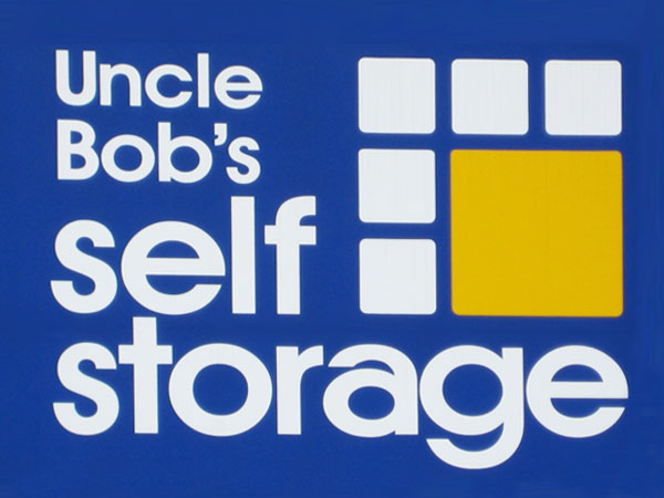 Uncle Bob's Self Storage - Tampa - E Hillsborough Ave - Photo 2