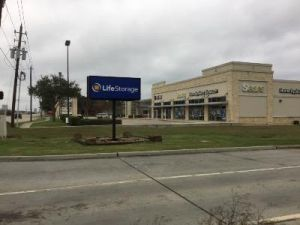 Life Storage - Pasadena - Fairway Plaza Dr