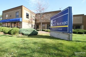 Simply Self Storage - Glenview/Niles