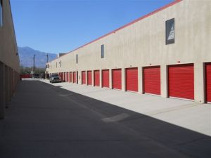 Devon Self Storage - Thousand Palms