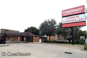 CubeSmart Self Storage - Houston - 7939 Westheimer Road