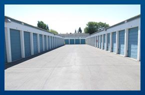 Clovis Ave Self Storage