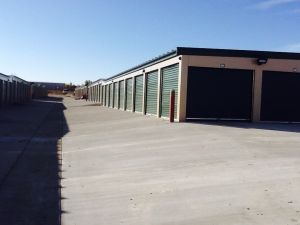 Storage Units of Dickinson