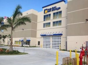 Uncle Bob's Self Storage - North Miami - NW 133rd St