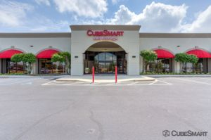 CubeSmart Self Storage - Greenville - 2422 Laurens Road
