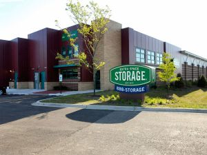 Extra Space Storage - Gurnee - Skokie Highway