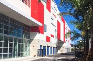 US Storage Centers - North Miami Beach - Dixie