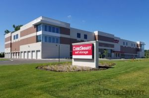 CubeSmart Self Storage - Riverwoods