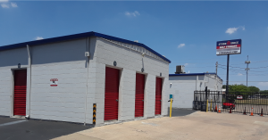 L005, Store Space Self Storage - Oak Cliff
