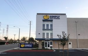 Simply Self Storage - Orange, CA - Glassell Street