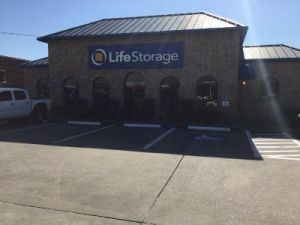 Life Storage - Houston - 9145 Jones Road