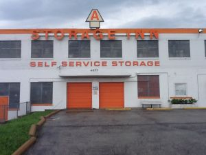 A Storage Inn - Kingshighway