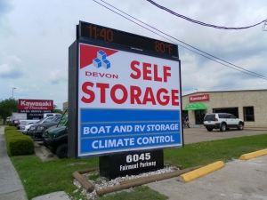 Baytown self storage from Devon Self Storage - Pasadena
