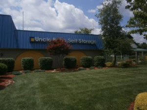 Toms River self storage from Uncle Bob's Self Storage - Toms River - 777 Route 37 W