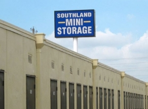 Tulsa self storage from Southland Mini-Storage