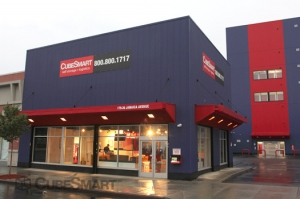 Long Beach self storage from CubeSmart Self Storage