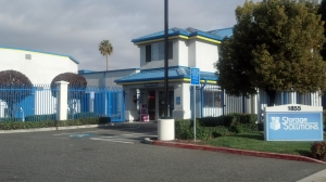 Milpitas self storage from Storage Solutions King Road