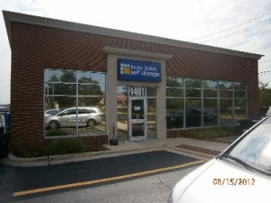 photo of Uncle Bob's Self Storage - Schaumburg - N Plum Grove Rd