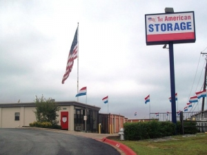 Lake Worth self storage from 1st American Storage - U Storit Northwest