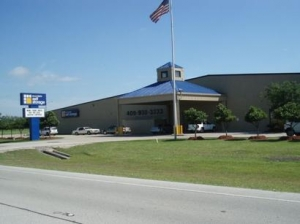 La Marque self storage from Great Value Storage - Gulf Freeway