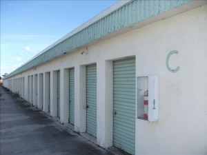 Fort Pierce self storage from Barrel Road Storage