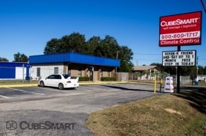Pensacola self storage from CubeSmart Self Storage