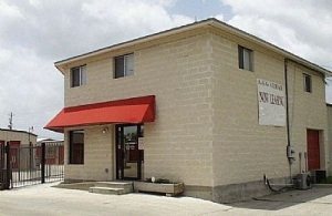 Corpus Christi self storage from Move It Self Storage - Ayers Street