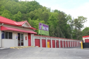 Knoxville self storage from Storage Pros - Knoxville - Shotsman Ln.