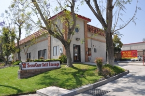 Redlands self storage from SecurCare Self Storage - Highland - East Highland Avenue