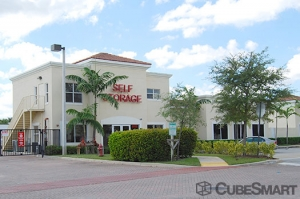 West Palm Beach self storage from CubeSmart Self Storage