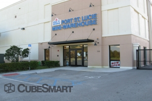 Fort Pierce self storage from CubeSmart Self Storage