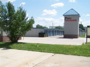 Overland Park self storage from Attic Storage - Macon St.
