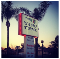 Bakersfield self storage from Stor It Self Storage
