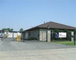 Madison Heights self storage from Simply Storage - Warren