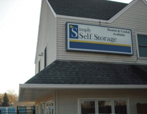 Schaumburg self storage from Simply Storage - Hoffman Estates
