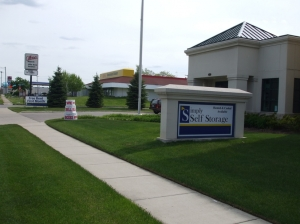Redford self storage from Simply Storage - Detroit/Redford