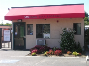 Hayward self storage from StorQuest Self Storage - San Leandro