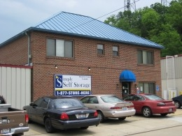 Florence self storage from Simply Storage - South Fairmount/Queen City