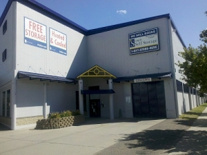 Hopkins self storage from Simply Storage - Hiawatha II/Minneapolis