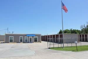 photo of South Burbank Storage Center and Uhaul Dealer