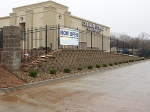 Lansing self storage from Delaware Storage