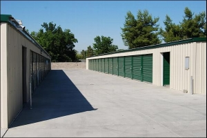Turlock self storage from WeFour Storage