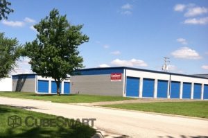 Rockford self storage from CubeSmart Self Storage