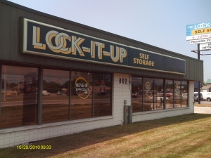 Toledo self storage from Lock-It-Up Reynolds Toledo