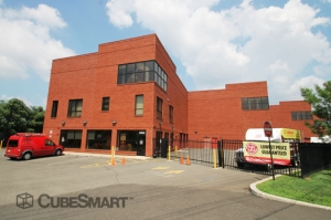 Linden self storage from CubeSmart Self Storage