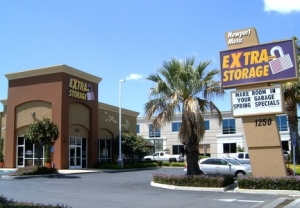 Santa Ana self storage from Extra Storage - Costa Mesa