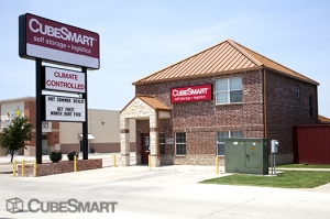 Coppell self storage from CubeSmart Self Storage