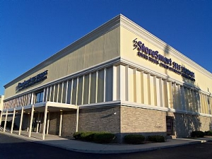 Hammond self storage from StoreSmart - Chicago Heights