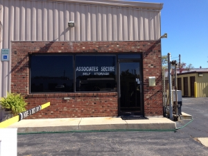 Alexandria self storage from Associates Secure Self Storage