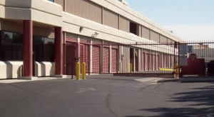 Henderson self storage from American Mini Storage- Las Vegas
